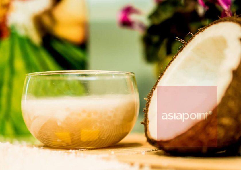 Kokosdrink mit Jackfrucht und Tapiokaperlen